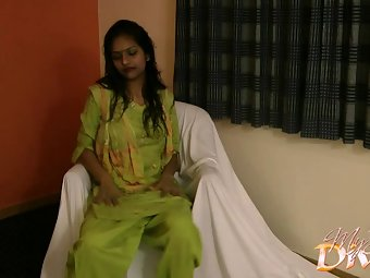 Divya in green shalwar suit stripping naked fucking her off