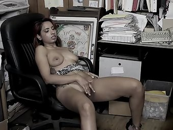 Maya Virdi Indian Porn Babe Masturbation
