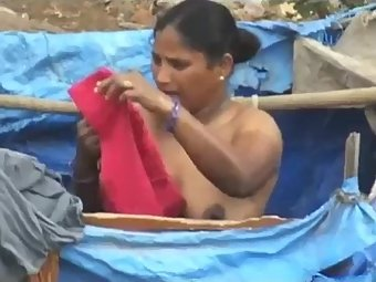 Free Video Amateur Desi Bhabhi Full Nude Outdoor