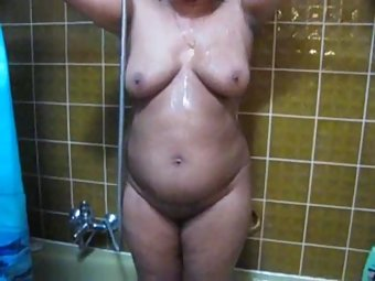 Lucknow Housewife Soaping Herself In Shower