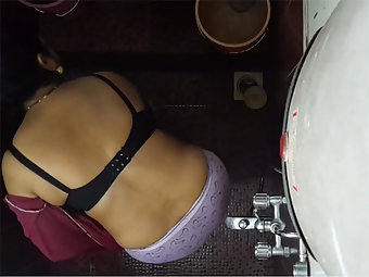 Indian Bhabhi Shower Filmed By Hidden Cam